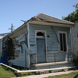 New Orleans Blighted House.jpg