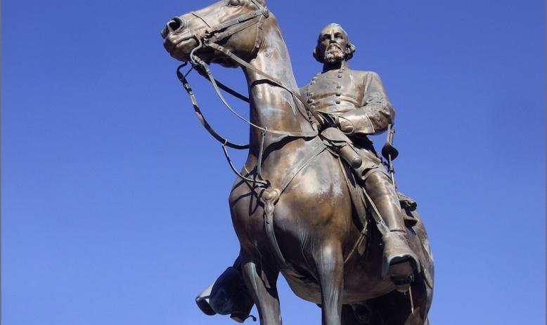 Nathan Bedford Forrest statue